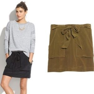Madewell silk skirt in dark olive green size M